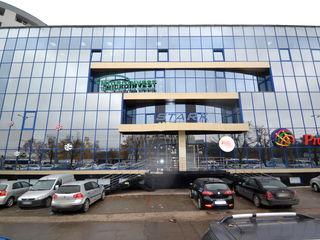 Chirie! Spațiu pentru oficii, Centru, bd. Renașterii, 400 m2, euroreparație!