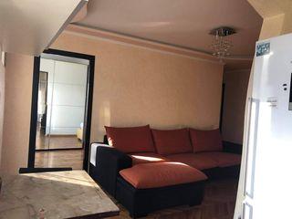 Spre chirie apartament cu 2 camere +salon, zona foarte accesibila s.Rîscani,verde linga park linisti