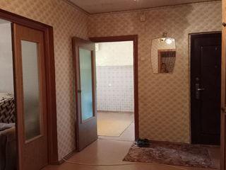 Продаем 3-комнатную квартиру в г.Рыбница на ул.Вальченко, 21, 1 этаж=$18500
