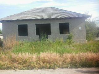 Se vinde casa in or. Floresti . Urgent !!!