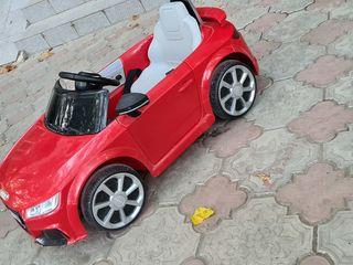 Электромобиль Audi TT  Б/У состояния идеальное