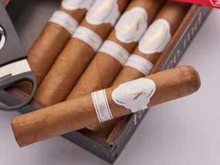 Подарочные сигарные наборы на любой вкус! + гильотина в подарок!