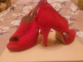 Продаю женскую обувь 37-38-39 размер