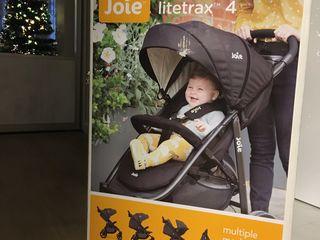Новая компактная прогулочная коляска Joie Litetrax 4                          (цвет ткани - серый).