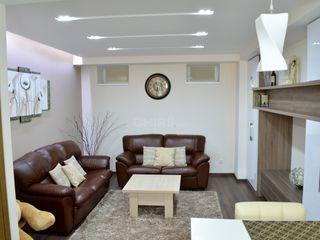 Chirie, casă de tip duplex, Centru, str. Alexandru Vlăhuță, 70 m2, Lux