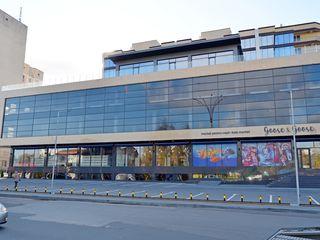 Chirie Spațiu Comercial! Centru, str. Albișoara, 250 m2 + terasă 500 m2! Prima linie!