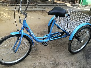 Vind bicicleta cu 3 rotile in stare ideala