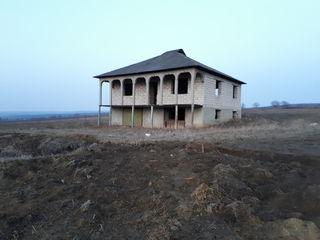 Urgent casa cu 2 etaje in r-n Orhei, Cucuruzeni 6500e