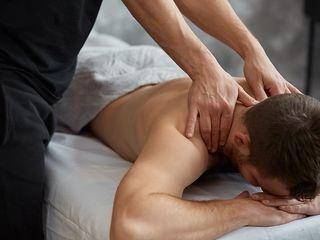 Внимание не теряйте время приходите на терапевтический массаж и вытяжение позвоночника,амплипульс