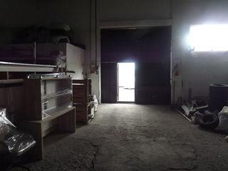 500 m2 spatiu p-ru producere, depozitare + oficiu pe str. Industriala in Staiceni, prima linie