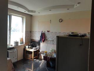 Se vinde apartament cu 2 camere regiunea Autogara.