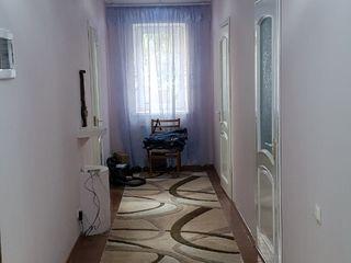 Urgent! Casa superba in Sireti, Centru, la 10 min. de Chisinau