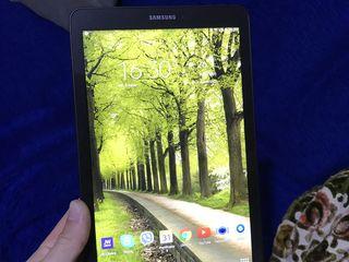 Vand Tableta Samsung Tab E