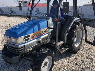 Vind tractor Iseki Geas33 cu freza de sol cu cabina