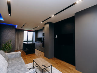 Apartament de lux cu 2 camere + living cu privire panoramică spre oraș.