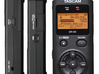 Tascam DR-05 портативный PCM/MP3 рекордер.