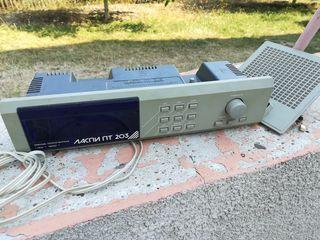 Радио-точка с цифровыми часами