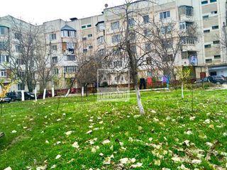 Apartament cu 2 camere- reparație euro! 17500€