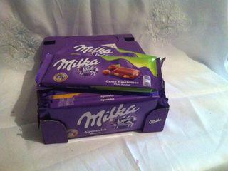 шоколад из Германии 20-25 лей за шт.