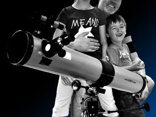 Cosmosul va fi mai aproape cu telescopul Seben 76-900 (big pack)