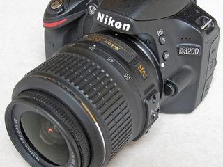 Зеркалка Nikon 3200 с коробкой и комплектом 200€ на обмен 300€