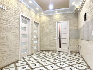 se vinde apartament (40.7m2)  la pretul de 35900E, ap 164