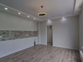 Apartament spatios cu 2 camere + living, Codru!