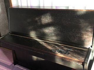 Se vinde pian in stare foarte buna