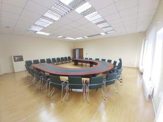 Conferință?! Training?! Seminar?! Vă oferim spațiu potrivit !