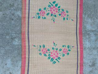 Коврик плетёный / соломка , Вьетнам/, новый . Размеры 90 на 180см. За 100лей.