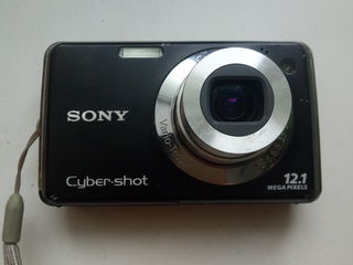 продам фотокамеру Sony Cyber-Shot