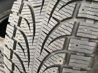 255/50 R19 Pirelli Winter Carving Edge