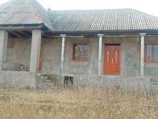Casa cu teren. Nimoreni, Ialoveni Suruceni - 32.000 euro!!!