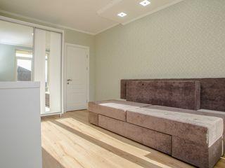 Spre chirie apartament luminos cu 2 Camere separate,In centru Capitalei .Prima Chirie !
