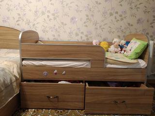 """Кровать детская от -3-8 лет . С  матрасом """"Vegas"""". Была сделана на заказ . Состояние Отличное!!!."""