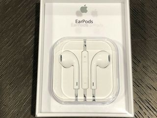 Original Apple EarPods наушники, стандартный 3.5mm аудио штекер