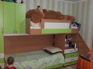 Pat cu 2 etaje pentru copii