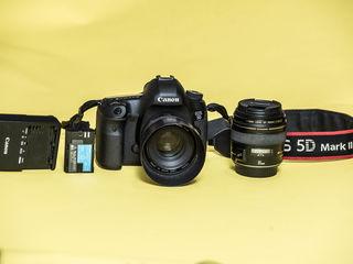 Продам фотоапарат Canon 5D Mark III Body