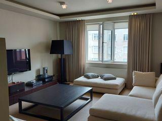 Vind apartament 113 m.p. mobilat!