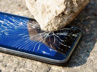 Pina la 50% reduceri reparatii telefoane .schimbare display si sticla