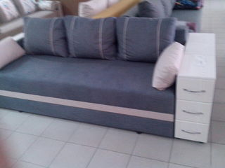 Canapea pe arcuri, stofe la alegere ,acum si in credit