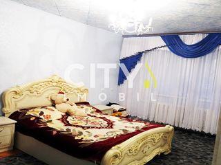 Se da in chirie apartament cu 3 camere,Chișinău, Poșta Veche 67 m