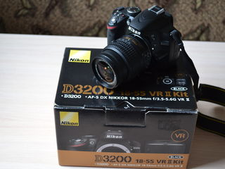 Nikon D3200 kit, ca nou + 8Gb!
