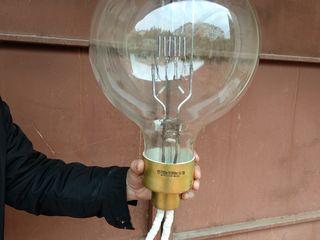 Кинопрожекторная лампа  накаливания 110вольт 10 000ватт