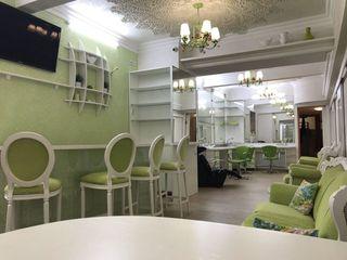 Предлагается в аренду/продажу коммерческое помещение 180 кв.м. на бульваре Штефан чел Маре
