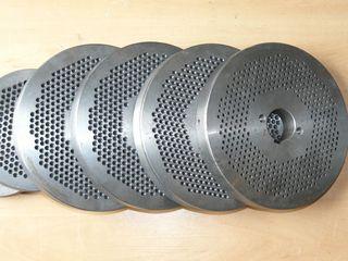 Матрицы и ролики для грануляторов.