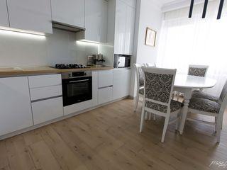OFERTA HOT!!!Se vinde apartament cu suprafața de 85m2