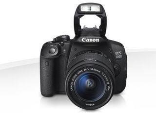 Canon EOS 700D Kit 18-135stm