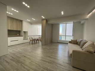 Apartament in sec. Centru, 2 odai+living, complet mobilat, parcul Valea Trandafirilor