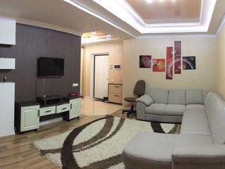 Apartament în chirie, 1 odaie, Centru, 300 €